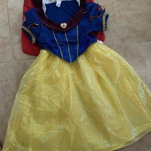 Disney NEW Snow White Costume
